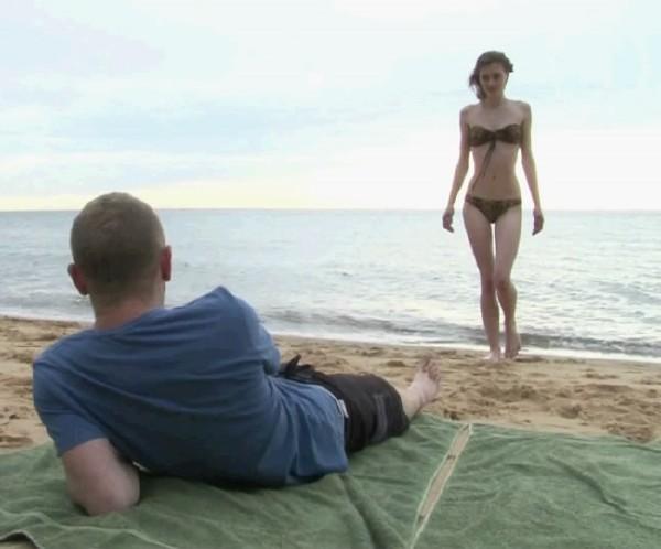 Занялись на пляже страстным сексом