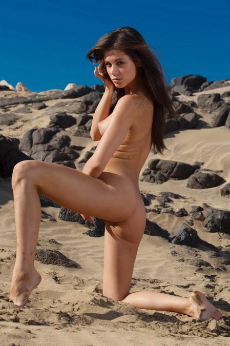 SexArt: Caprice*A - Vrahia (23*06*2014)