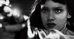 Город грехов 2: Женщина, ради которой стоит убивать (2014) HDRip от MediaClub {Android}