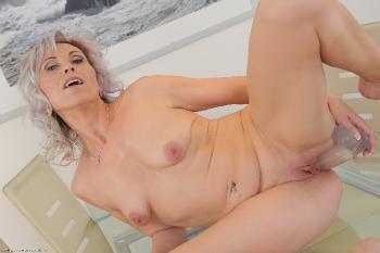 Kathy White 10