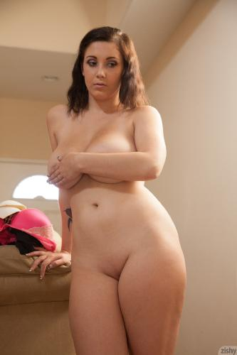 Noelle Easton - Angel Is Broken (03-02-2014)